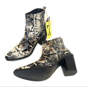 🆕 Seven7 Snakeskin Cowboy Eve Ankle Boots 8